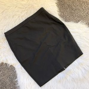 RW&Co Modern Chic Pencil Skirt in Black